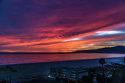 Photograph - Red Velvet Over Malibu by Gene Parks