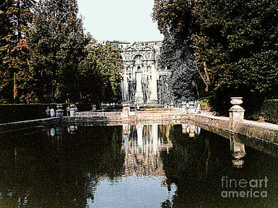 Photograph - Reflecting Pool At Villa De'este In Tivoli, Italy by Merton Allen