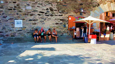 Photograph - Relax Eat Collioure France  by Chuck Kuhn