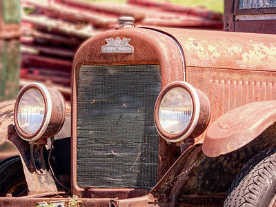 Photograph - Reo Speed Wagon Front End by Leslie Montgomery