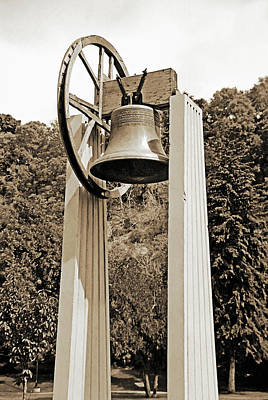 Replica Of Liberty Bell 2 Art Print by Steve Ohlsen