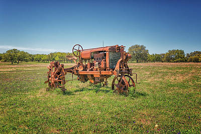 Photograph - Retired Tractor by Victor Culpepper