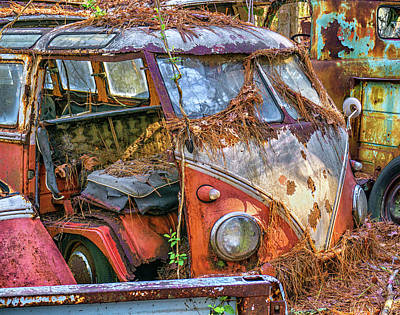 Photograph - Retired Vw Bus by Dennis Dugan