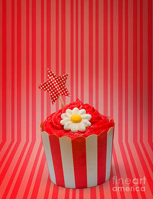 Retro Cupcake With Star And Flower Icing Art Print