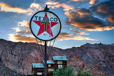 Photograph - Retro Texaco by Renee Sullivan