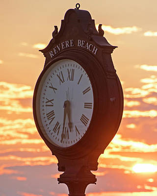 Photograph - Revere Beach Clock At Sunrise by Toby McGuire