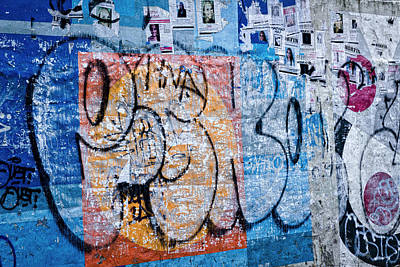 Photograph - Reykjavik Graffiti - Iceland by Stuart Litoff