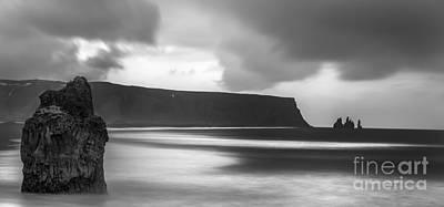 Stones Photograph - Reynisfjara Iceland 2 by Gunnar Orn Arnason