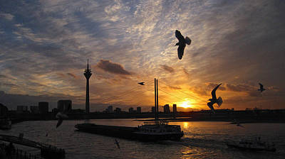 Duesseldorf Photograph - Duesseldorf, Rhine River Sunset by Richard Cummings