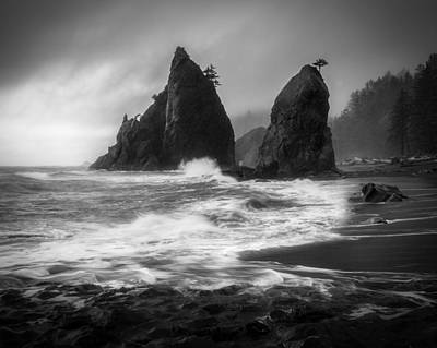 Olympic Peninsula Photograph - Rialto Beach by Thorsten Scheuermann