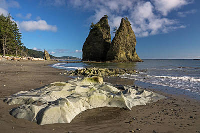 Photograph - Rialto Beach Wa by Inge Riis McDonald