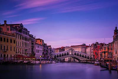 Rialto Bridge At Dusk Art Print
