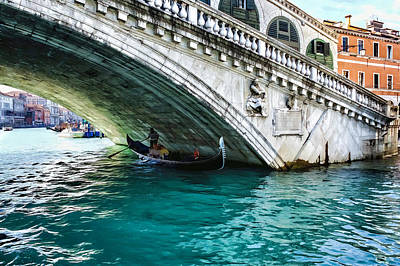 Digital Art - A Gondola Gliding Under Rialto Bridge - Iconic Venice View by Georgia Mizuleva