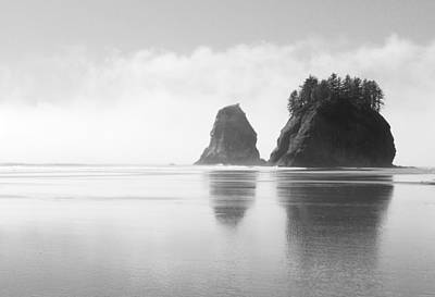 Olympic National Park Photograph - Rialto Seastacks by Ryan Scholl