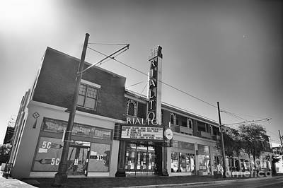 Rialto Theatre Photograph - Rialto Theatre by Berta Keeney