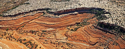 Photograph - Ribbon Of Rock In Canyonlands by Jean Clark