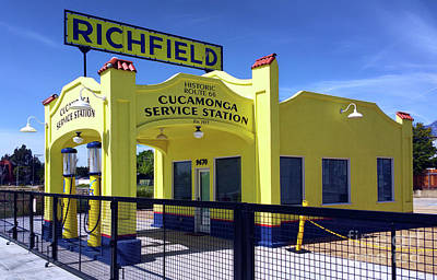 Photograph - Richfield Gas Station Route 66 by Gregory Dyer