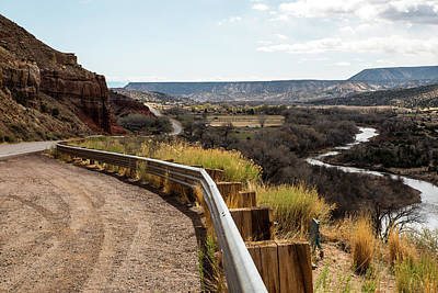 Photograph - Rio Grande Curves by Tom Cochran