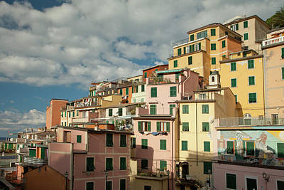Photograph - Riomaggiore 2 by Art Ferrier