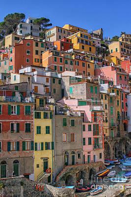 Photograph - Riomagiore Cinqueterre, Italy by Patricia Hofmeester