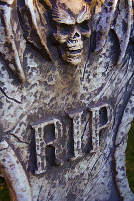 Photograph - RIP by Ricky Barnard