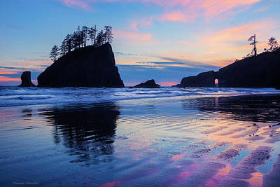 Ripple Reflections Of Dusk At Second Beach Art Print
