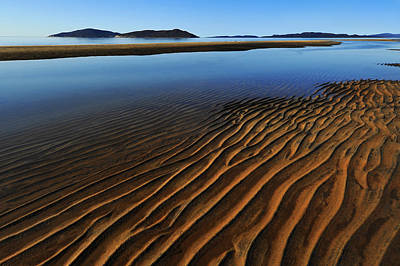 Ripples Photograph - Ripple by Roch Aumont