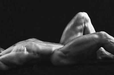 Dwain Leland Photograph - Rises by Thomas Mitchell