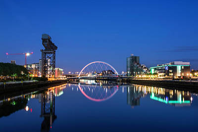 Photograph - River Clyde Reflections by Veli Bariskan