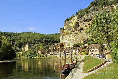 Photograph - River Dordogne At La Roque-gageac by Rod Jones