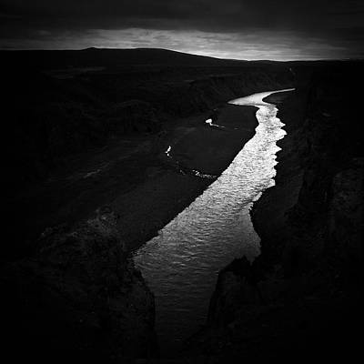 Black And White Wall Art - Photograph - River In The Dark In Iceland by Matthias Hauser