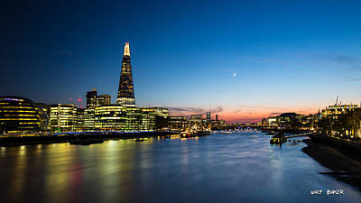 Photograph - Evening Settles On London by Walt  Baker
