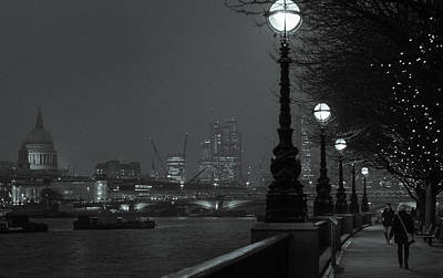Photograph - River Thames Embankment, London 2 by Perry Rodriguez