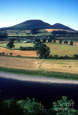 Photograph - River Tweed And The Eildons by Phil Banks