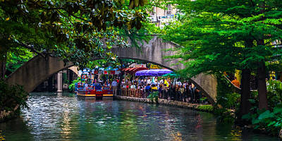 Photograph - River Walk Dining by Ed Gleichman