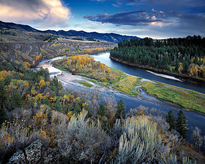 Photograph - Rivers Bend by Leland D Howard