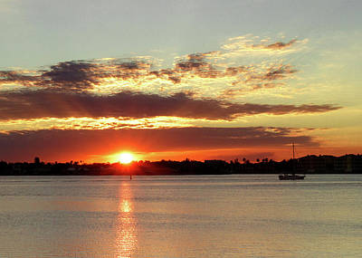 Photograph - Riverside Sunset by Les Greenwood