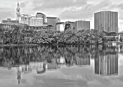 Photograph - Riverside View Of Hartford by Frozen in Time Fine Art Photography