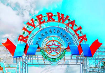 Photograph - Riverwalk Marketplace New Orleans by Frances Ann Hattier