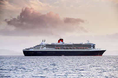 Photograph - Rms Queen Mary 2 by Grant Glendinning