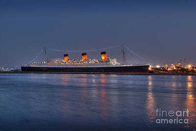 Photograph - Rms Queen Mary Ocean Liner by David Zanzinger