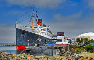 Photograph - Rms Queen Mary Russian Submarine 2 by David Zanzinger