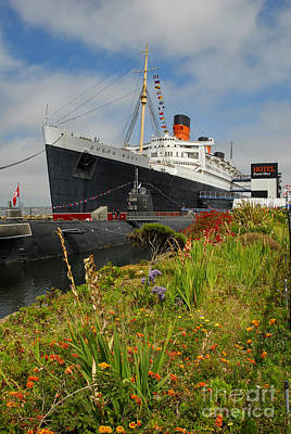Photograph - Rms Queen Mary Russian Submarine by David Zanzinger