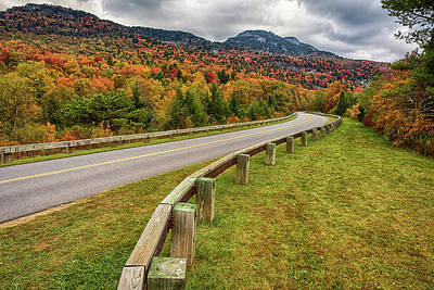 Photograph - Road To Autumn Wonder by Reid Northrup