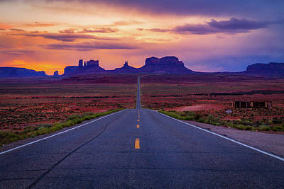 Photograph - Road To Monument Valley by David Cote