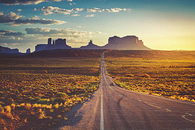 Photograph - Road To Monument Valley by Teri Virbickis