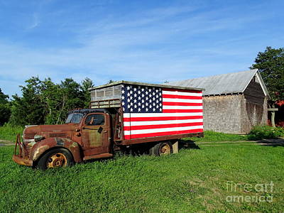 Photograph - Roadside Americana by Ed Weidman