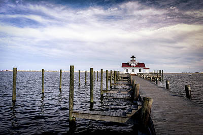 Photograph - Roanoke Lighthouse - Manteo North Carolina by Victor Ellison