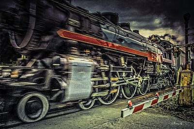 Photograph - Roaring Past by Bill Linn