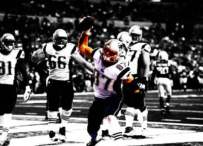 Tim Tebow Mixed Media - Rob Gronkowski Touchdown by Brian Reaves